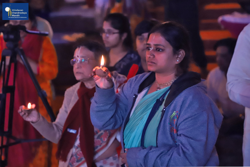 Devotees offer lamps during Damodar Deepotsav