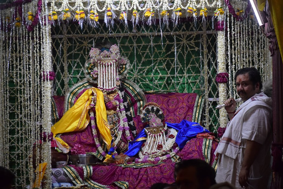 Sri Sri Radha Vallabh Chandan Yatra and Vivah Utsav, Vrindavan